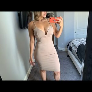 Tan Nude midi dress *wire*